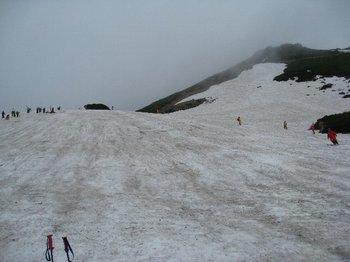 雪渓右側.jpg